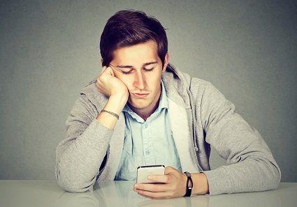 マッチングアプリ 友達の数が影響する