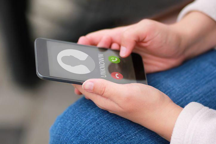 マッチングアプリ 緊張しちゃう電話で何話す?おすすめの話題とは