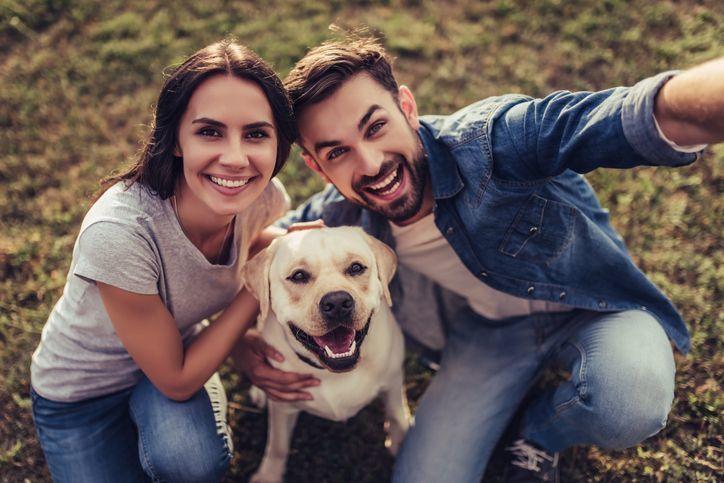 出会い 犬好き同士が出会える婚活パーティーマッチングアプリ5選
