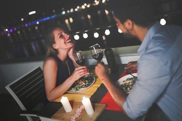婚活のコツ 出会いから1週間以内に最初のデートをしている