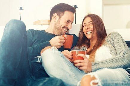 婚活のコツ 2. 結婚が上手く行っている夫婦に会う