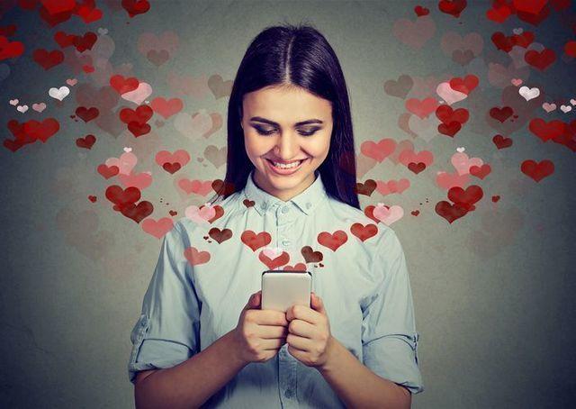 ゼクシィ恋結び 2. メッセージは「褒める」からスタート