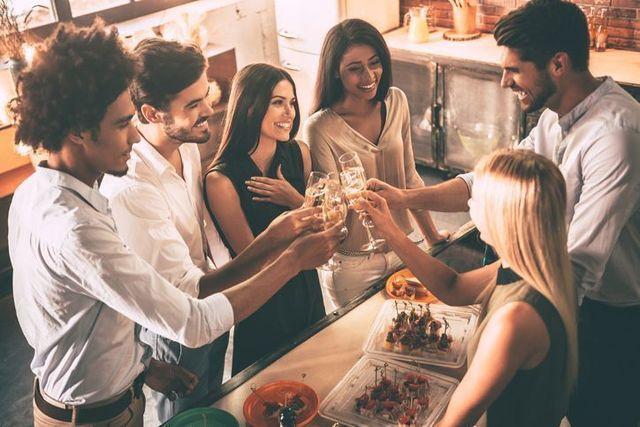 婚活パーティー シャイな人には中規模のパーティーがいいかも