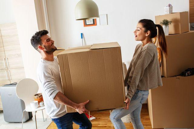 職業 転勤が多い人と結婚に向いている人向いていない人の特徴