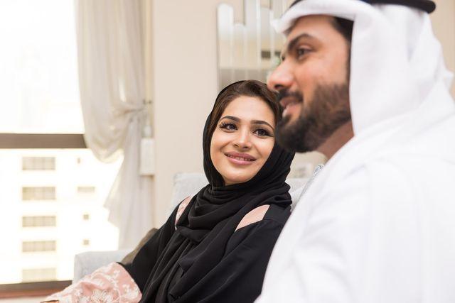 婚活のコツ 宗教に理解ある人を見つけるならデータマッチング型の結婚相談所がおすすめ