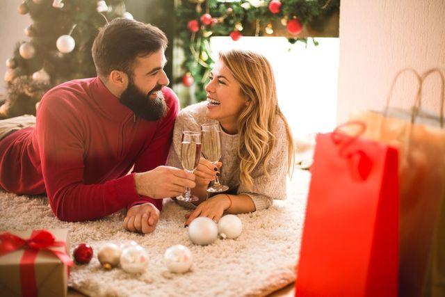 クリスマス前は婚活市場がにぎわう