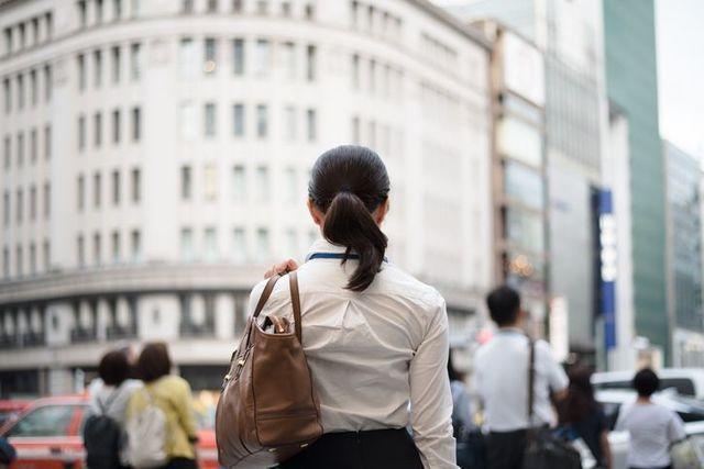 職業 公務員の女性はモテない結婚できないって本当?